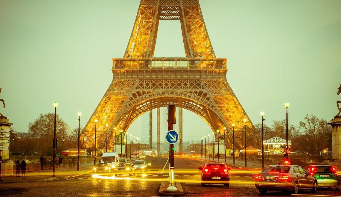 Les-mesures-prises-par-la-ville-de-Paris-pour-lutter-contre-les-affichages-publicitaires-abusifs.jpg